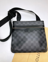 Load image into Gallery viewer, Preloved Louis Vuitton Damier Graphite Thomas Messenger Bag