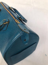 Load image into Gallery viewer, Preloved Louis Vuitton Epi Leather Blue Speedy 30