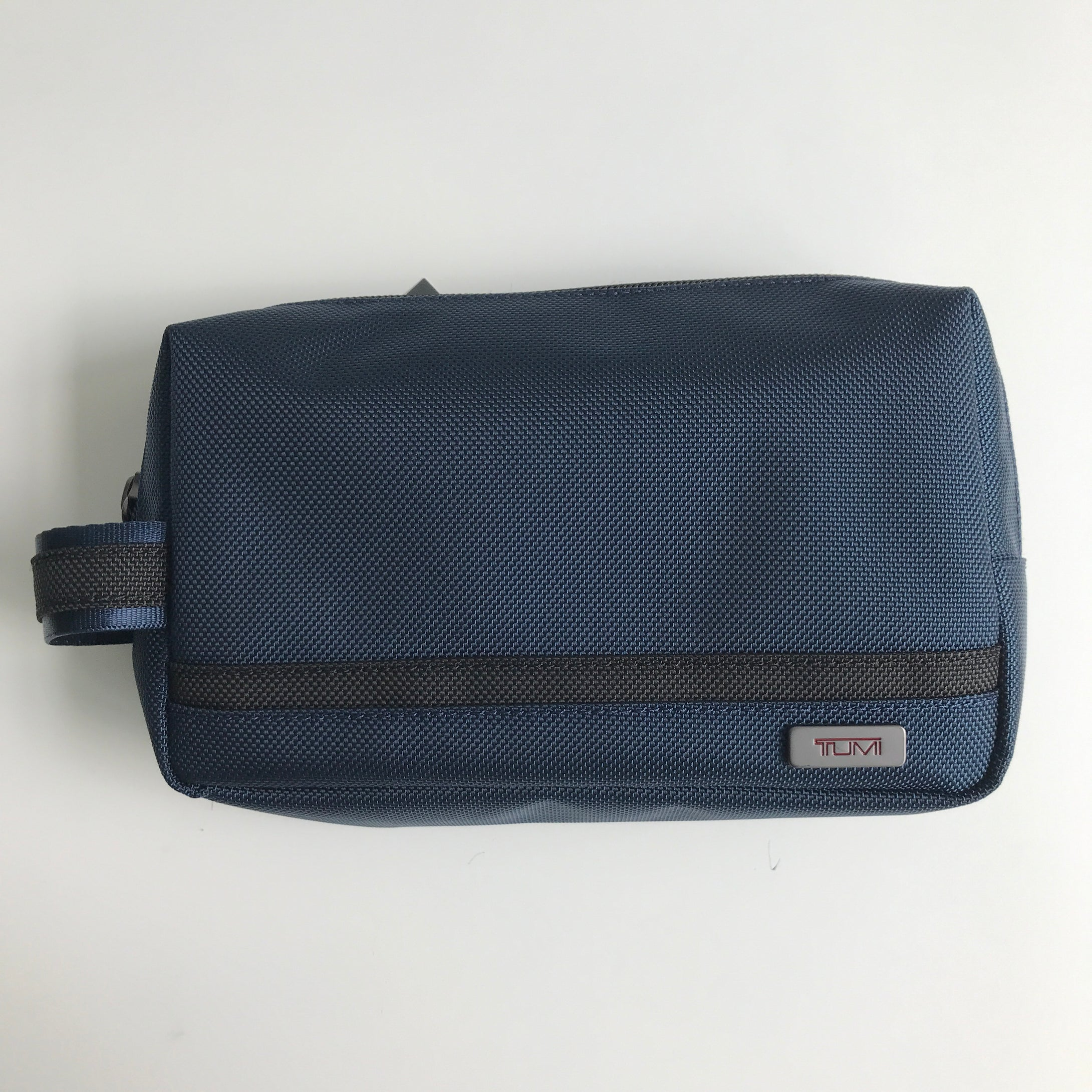 TUMI MEDIUM KIT POUCH (NAVY BLUE)