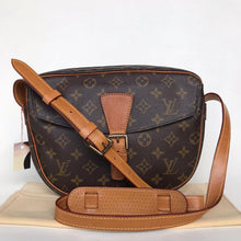 Load image into Gallery viewer, Preloved Louis Vuitton Mono Juene Fille MM
