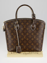 Load image into Gallery viewer, PRELOVED Louis Vuitton Mono Limited Edition Fetis Lockit Handbag
