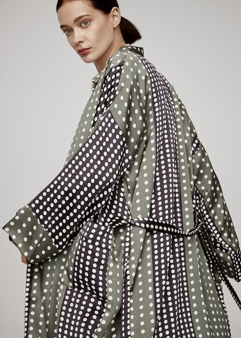 OLIVE BLACK DOT SILK ROBE