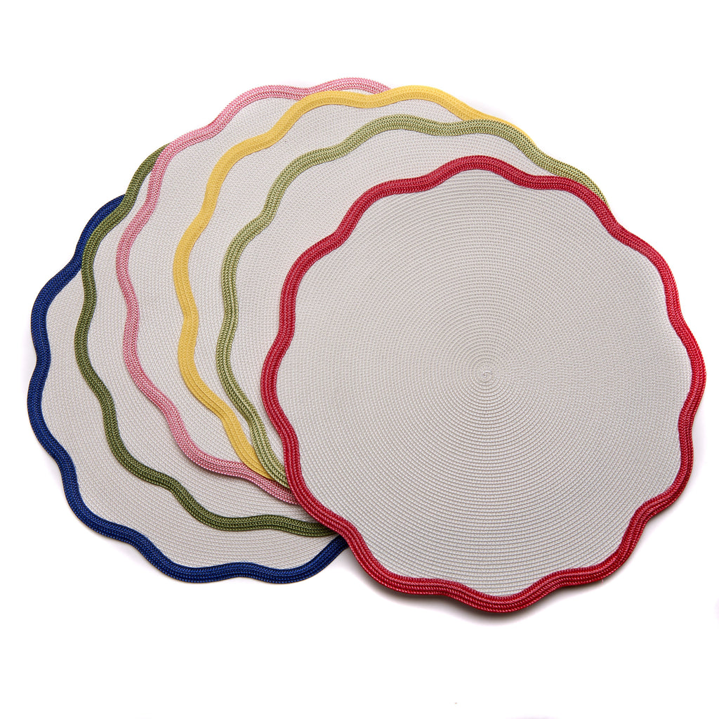 "Scalloped Placemat 16"" Round"