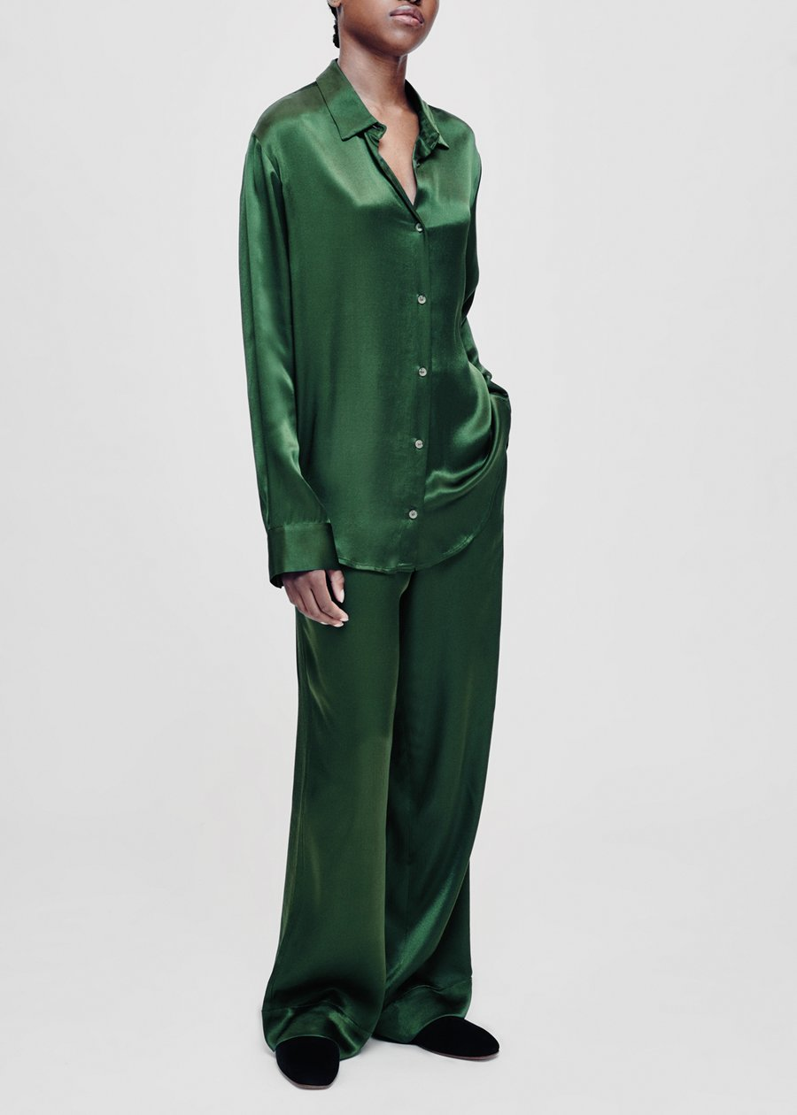 ASCENO MILAN GREEN BAMBOO SATIN OVERSIZED SHIRT