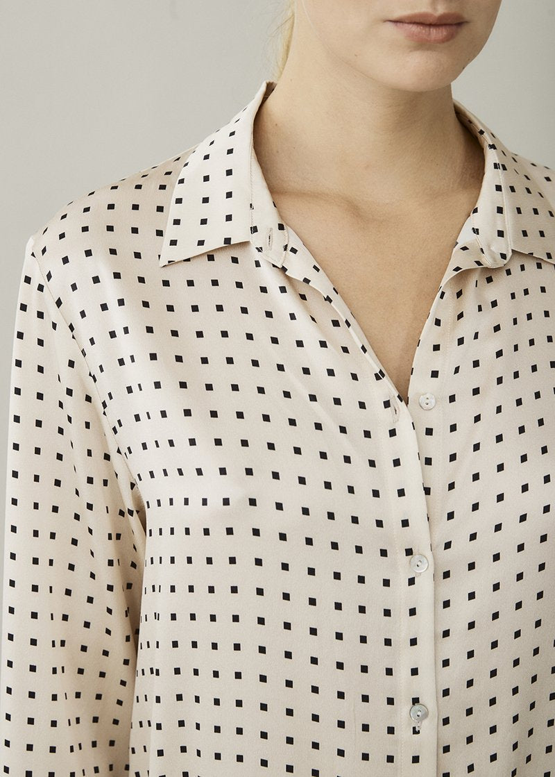 ASCENO LONDON CREAM SQUARE SILK SHIRT