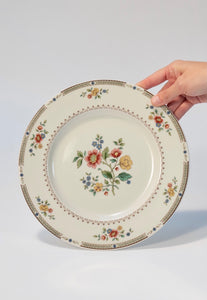Set of 12 Royal Doulton Dinner Plates