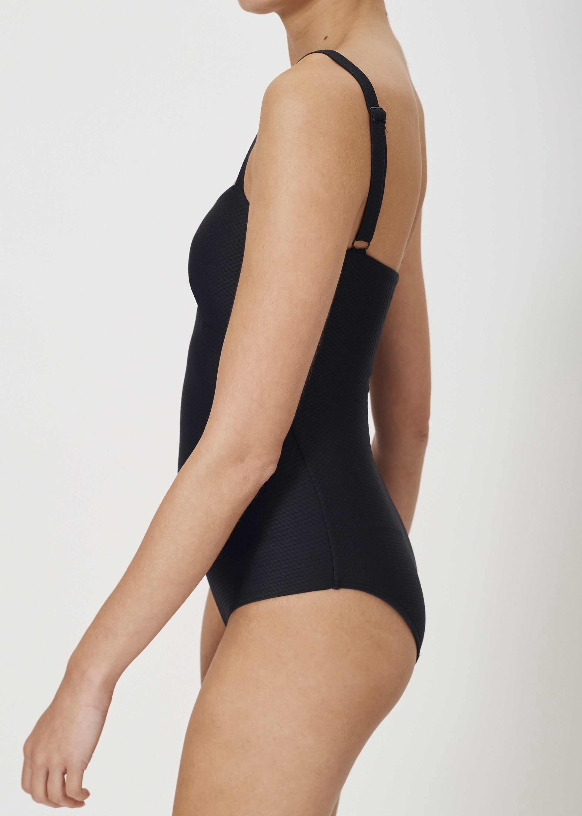 ASCENO JET BLACK CLASSIC ONE PIECE SWIMSUIT