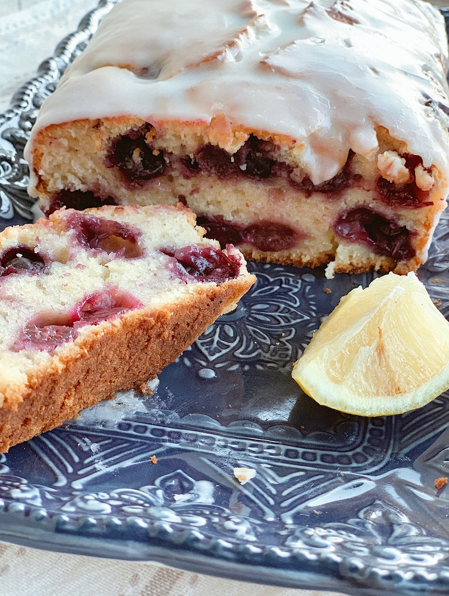 Blueberry and lemon cake