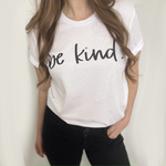 Be Kind • T-Shirt