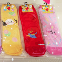 "Load image into Gallery viewer, BT21 Official Baby Socks ""Baby"" Ver."