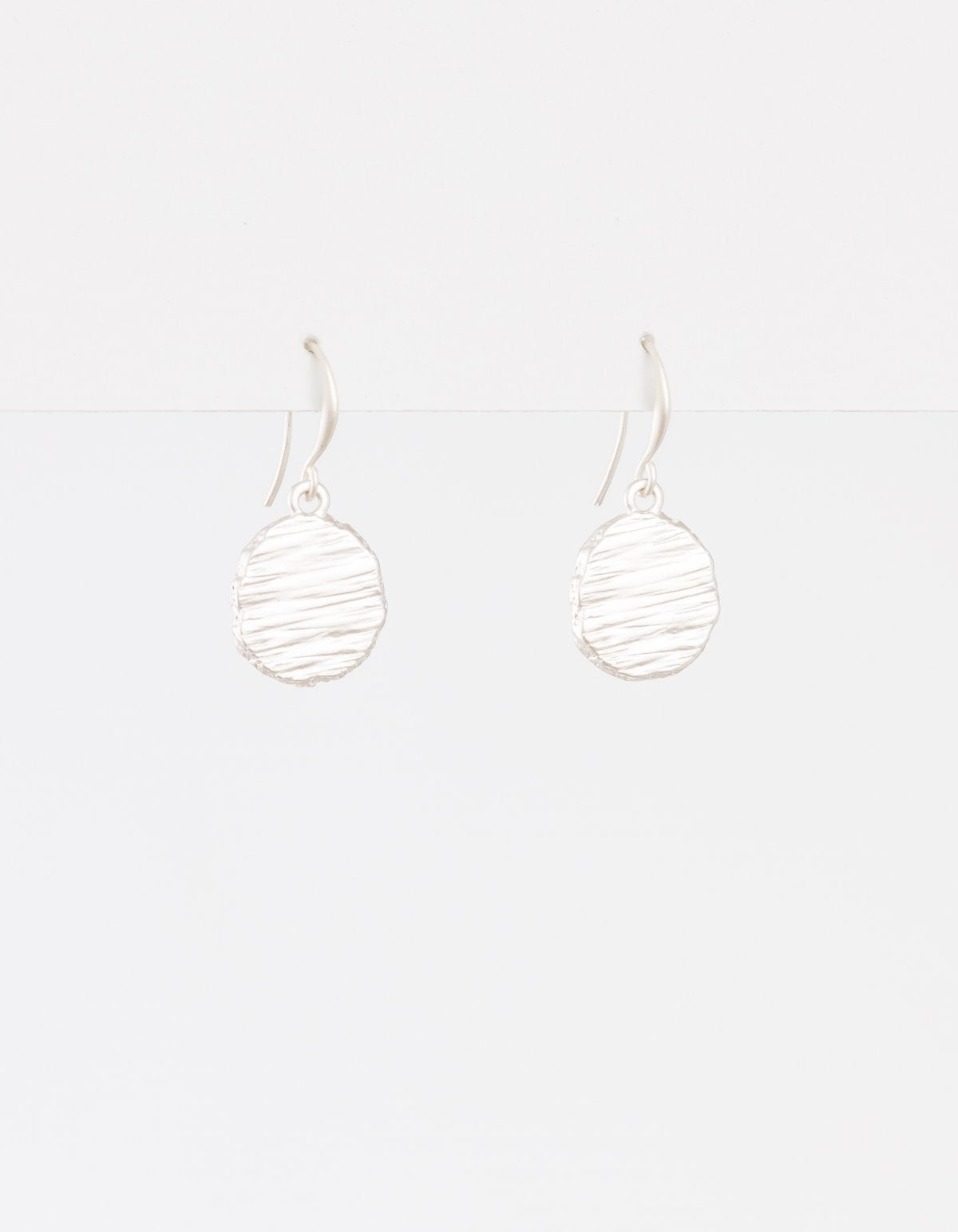 Earring Small Crater Matte