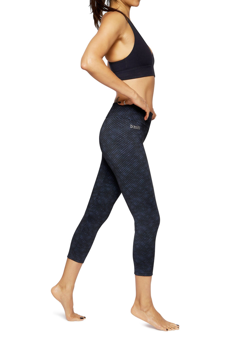 Brasilfit Australia Activewear High compression sports tights Jewel - beautiful dark navy and black geometrical chic pattern