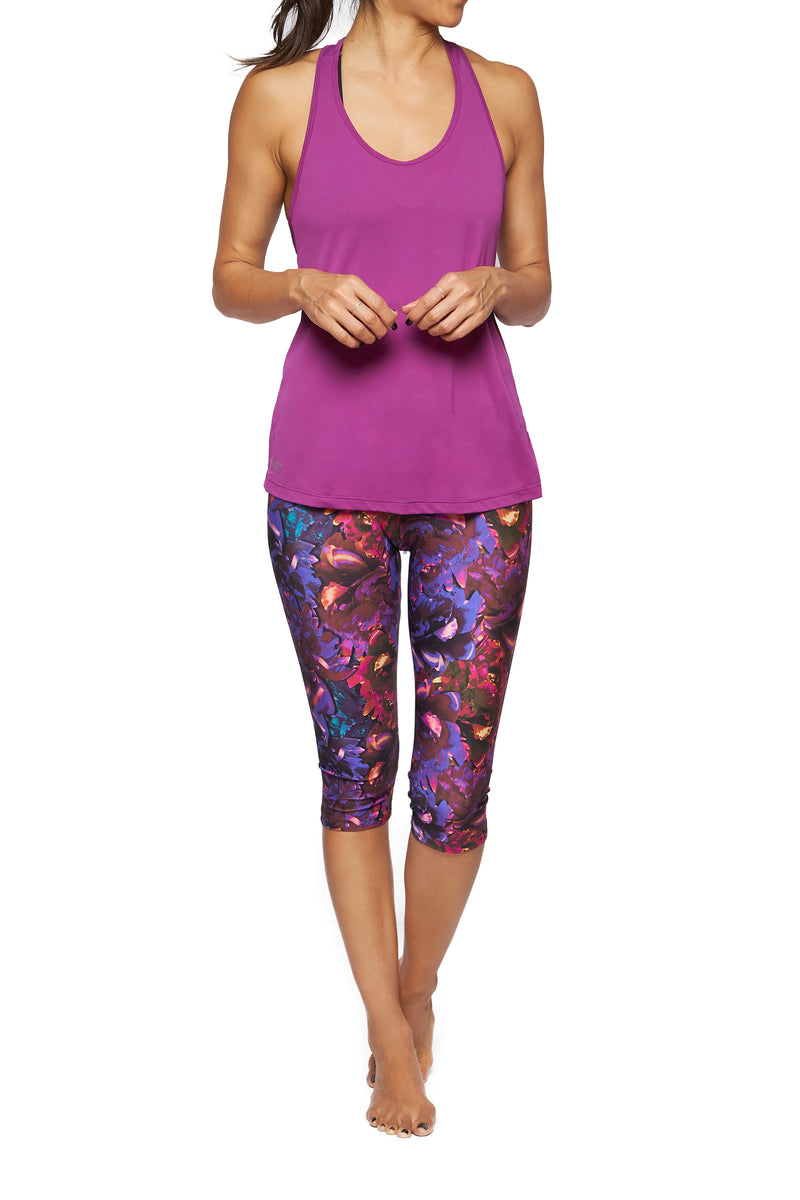 Brasilfit Australia Activewear High compression Under Knee tights in a bold floral print -front view
