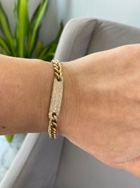 Diamond and yellow gold tag and chain bracelet (BR3373)