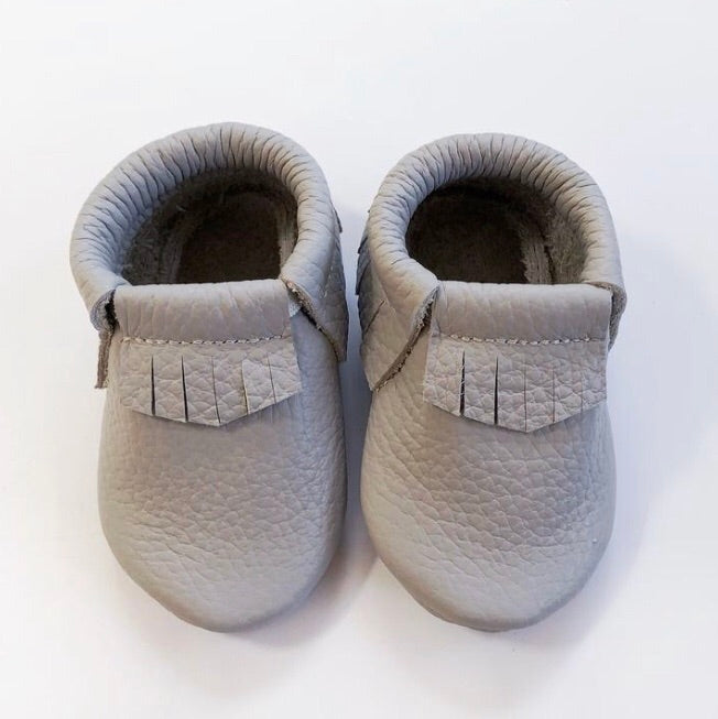 Leather Fringe Moccasins - Grey