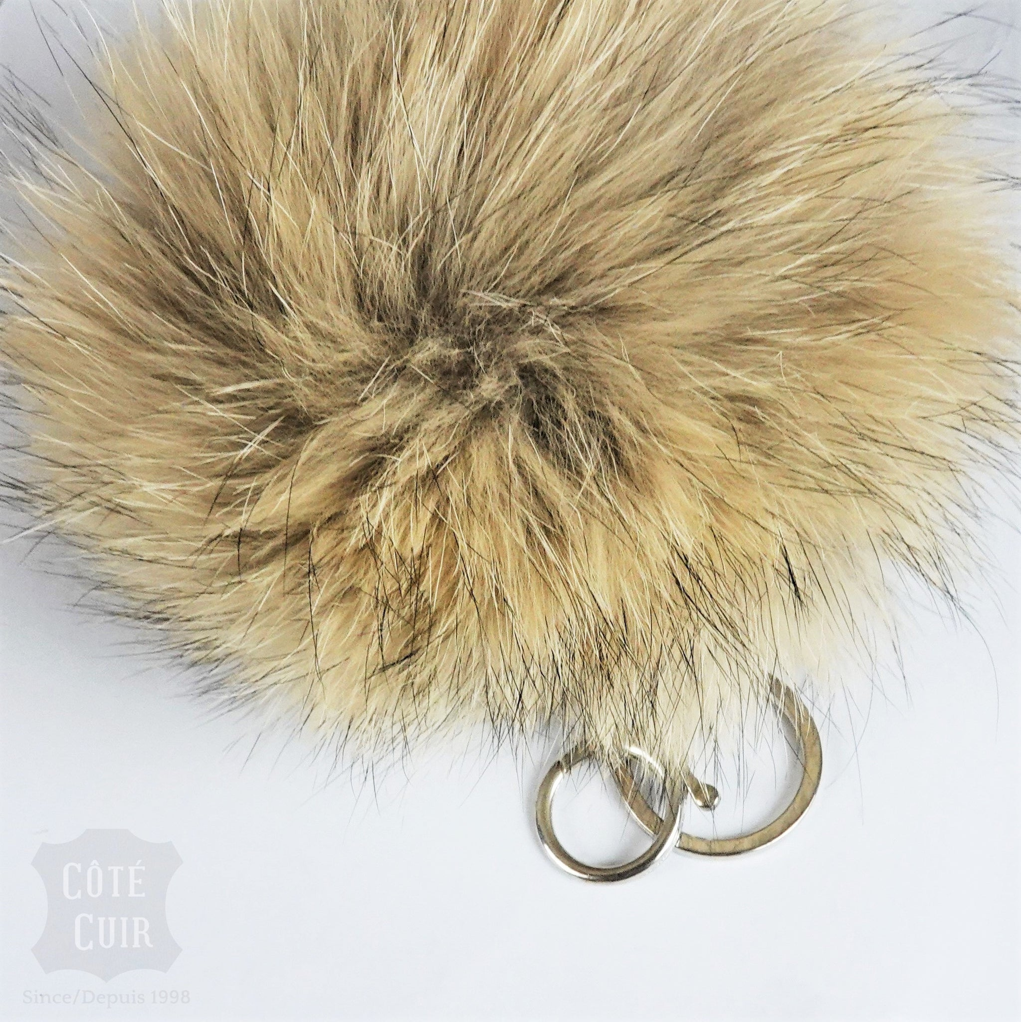 key ring fur pompom
