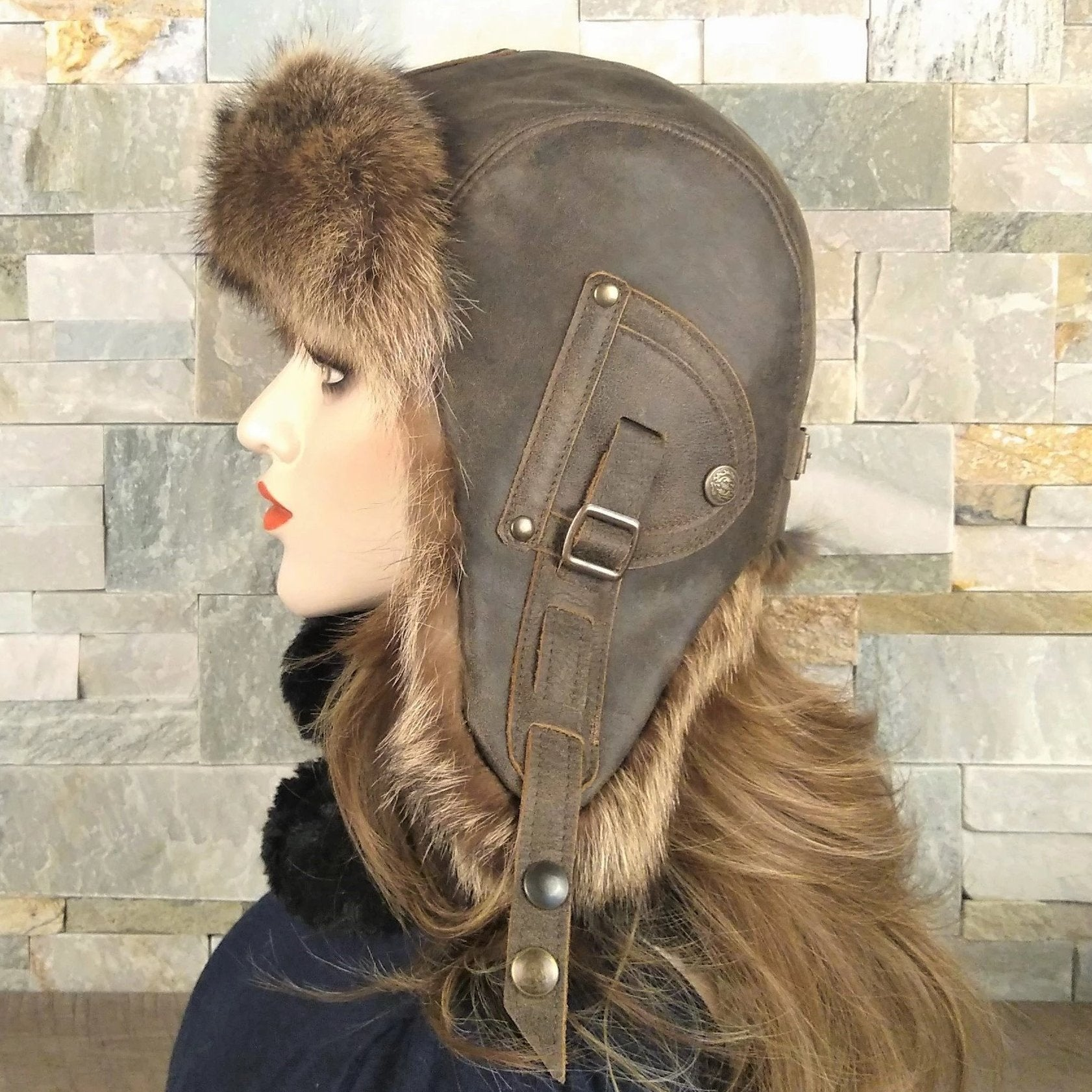 Women's fur aviator hat