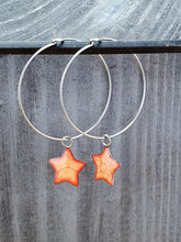 Load image into Gallery viewer, Stars on Round wire drop earrings