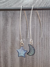 Load image into Gallery viewer, Long wire drop star& moon earrings