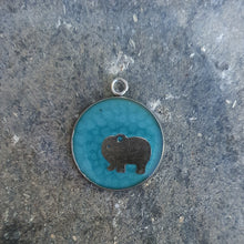 Load image into Gallery viewer, Elephant pendant necklace