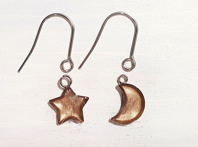Star/Moon drop earrings with short wires