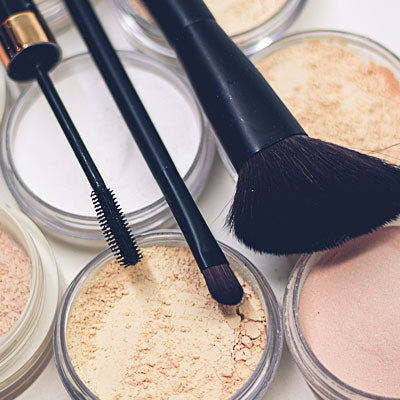 A Collection of Make Up Powders for the Gym