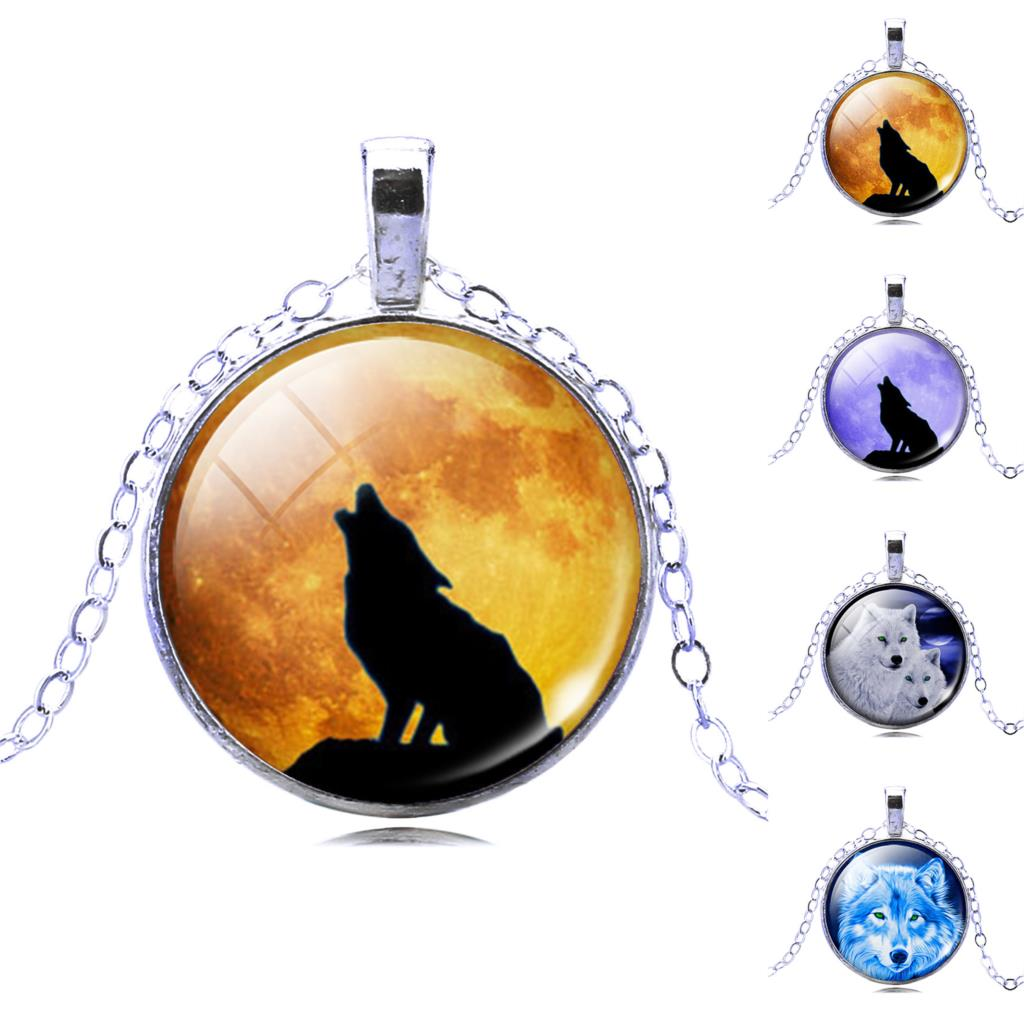 Wolf Picture Pendant Necklace