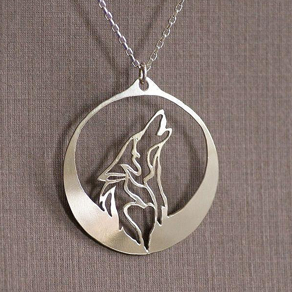 Howling Wolf Fine Necklace