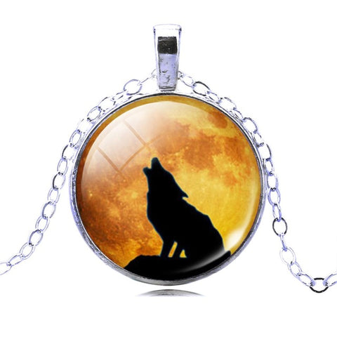 Image of Wolf Picture Pendant Necklace