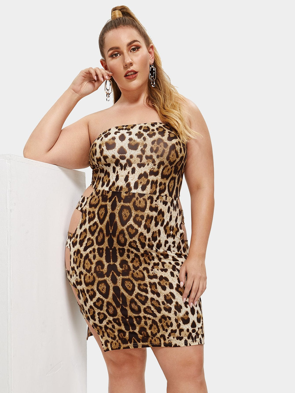 Plus Cut Out Detail Leopard Strapless Dress