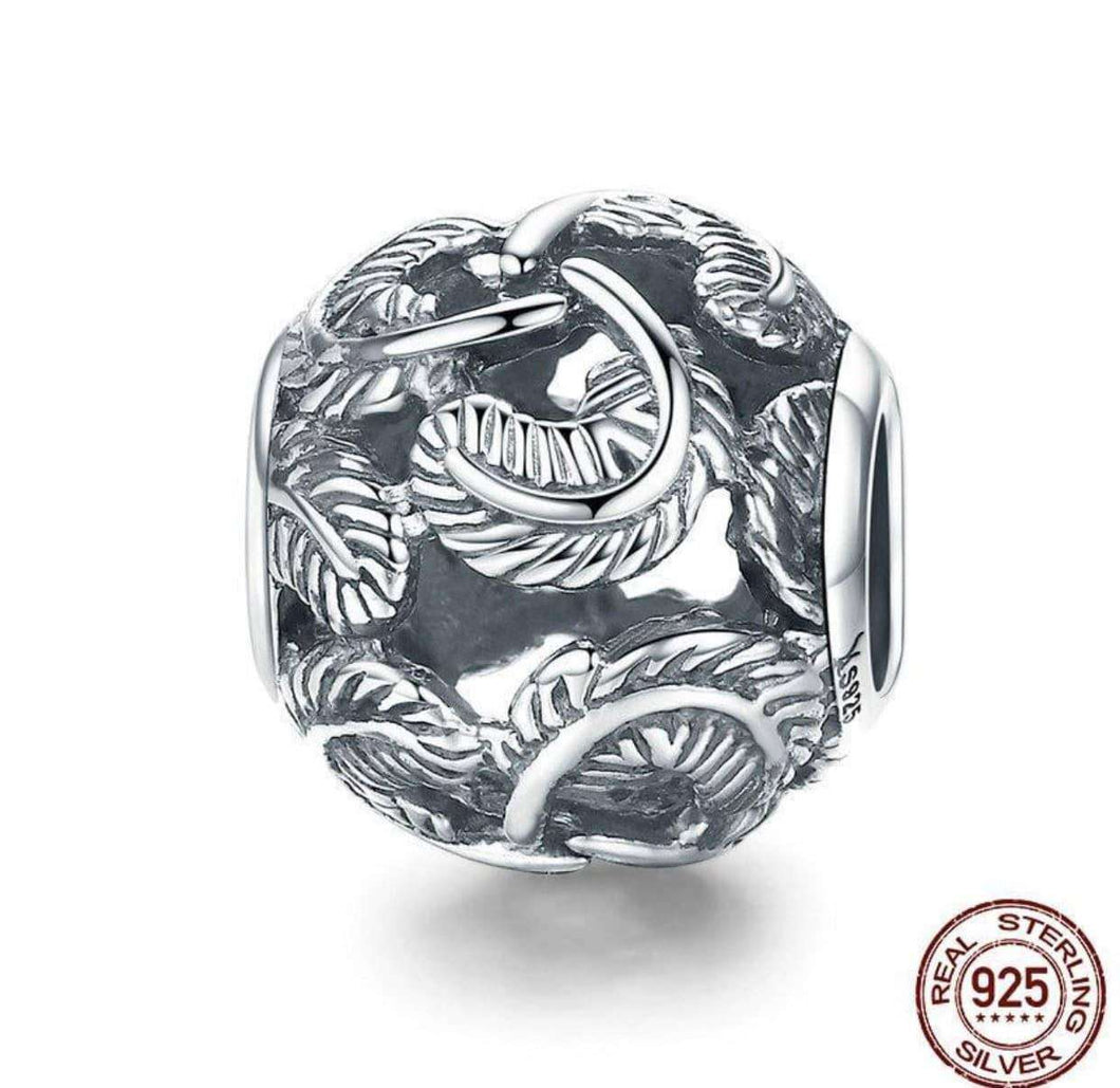 Stackable Feathers Round - OriginSilver