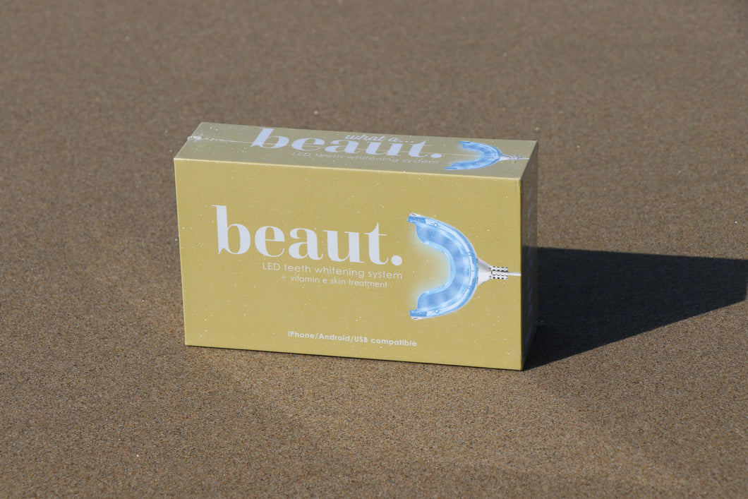 SMILES by beaut.beautyco LED Teeth Whitening System -GOLD box