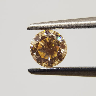 0.20 Carat ROUND Shape ORANGE Color Diamond - VMK Diamonds