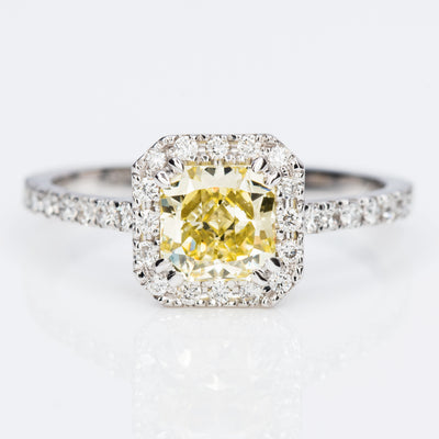 YELLOW Color Diamond Ring (1.41 Carat)