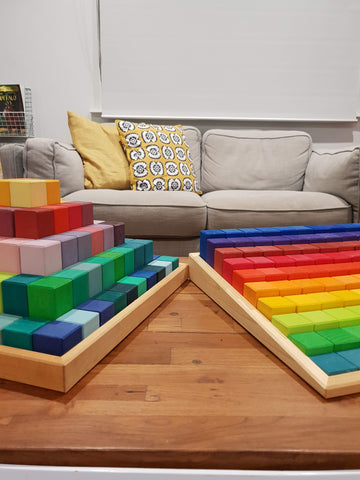 Large Stepped Pyramid vs. Large Stepped Counting Blocks