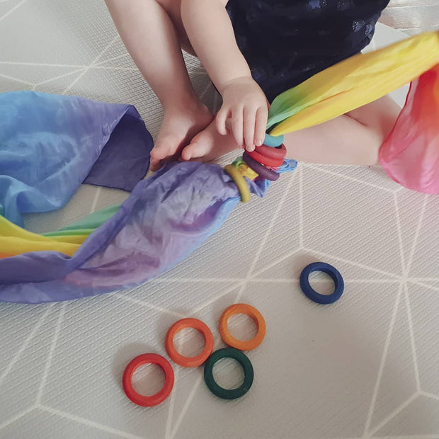 Sarah's Silks _ Playsilks with Grapat Rings _ Little Toy Tribe