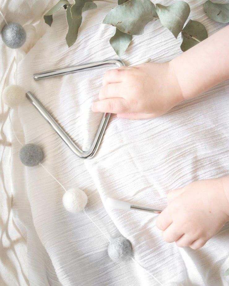 Baby Noise _ Mini Triangle with Hands _ Little Toy Tribe