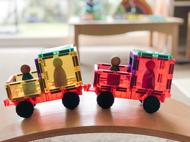 Connetix-Tiles_Car-Pack-At-Play-On-Wobbel_Little-Toy-Tribe