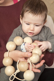 Grapat Natural Garland Balls with Baby and Mum Little Toy Tribe