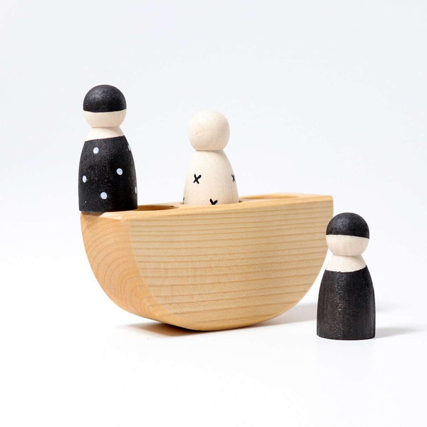 Grimm's 3 men in a boat Monochrome_little toy tribe