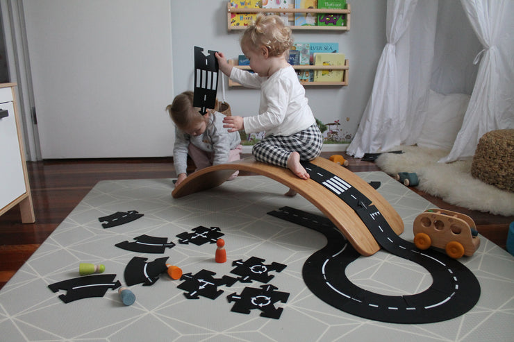 Wobbel Bamboo Original with Waytoplay roads -littletoy tribe