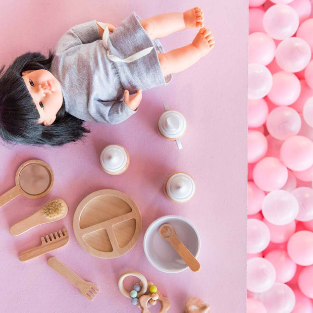 Make Me Iconic Doll Accessories Kit