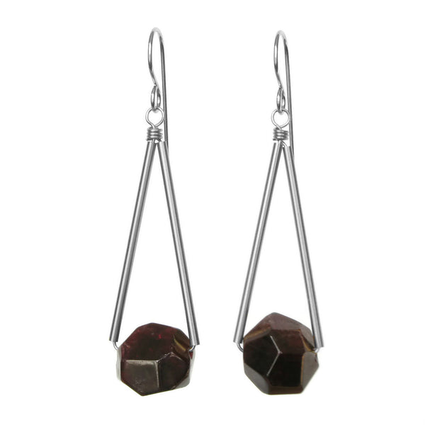 Sana Earrings - Garnet