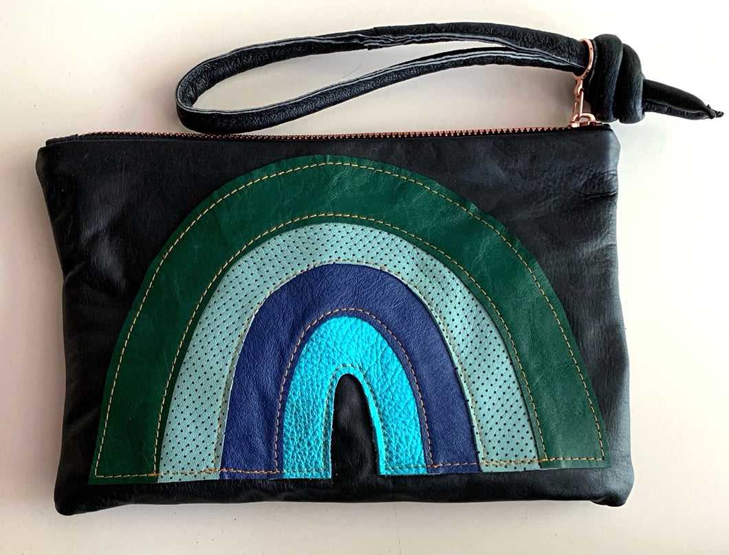 Abundance clutch - rainbowblues