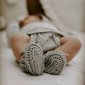 Silver Grey Bonnet and Bootie Set