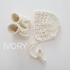 Ivory Bamboo Bonnet and Bootie Set
