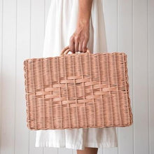 Rattan Suitcase - Toaty