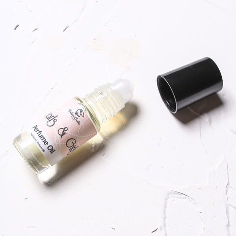 PEARLS & GIRLS Roll on Perfume Oil - Fortune Cookie Soap