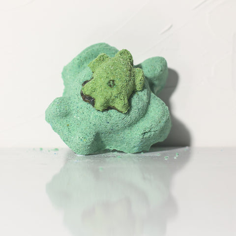 FIN. NOGGIN. DUUUDE. Bath Bomb - Fortune Cookie Soap