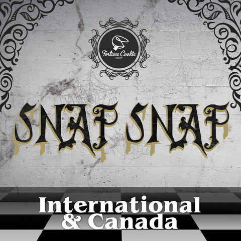 SNAP SNAP 2018 Halloween Box International and Canada